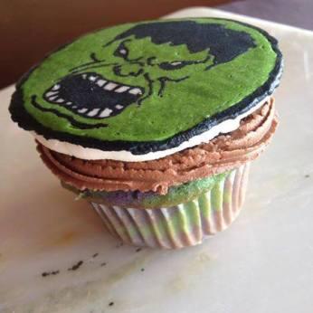 hulk cupcake